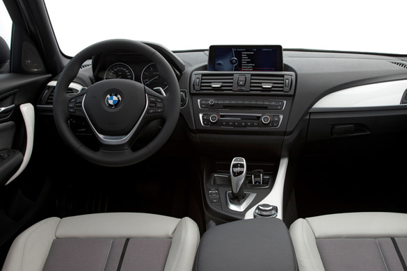 BMW 118i rental in Moscow