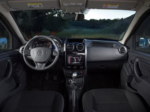 Renault Duster 4х4 rental in St. Petersburg