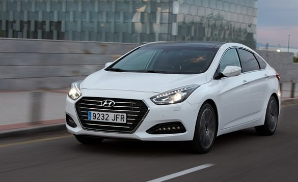 Hyundai i40 rental in Kazan